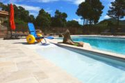 Piscine accessible PMR Corse
